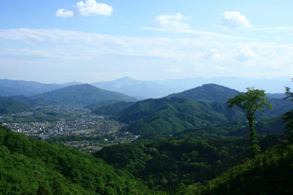間瀬峠から見た秩父の景色